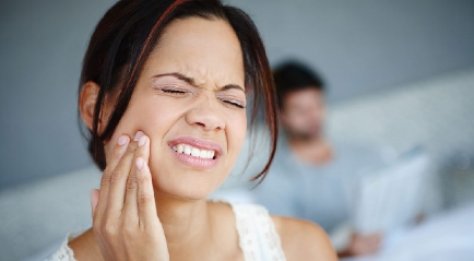 Mengatasi Sakit Gigi Berlubang | Terbaik, Aman dan Murah