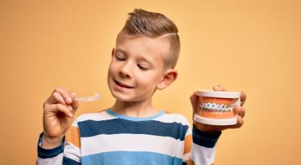 Kawat Gigi Anak Bersama Tenaga Ahli Berpengelaman